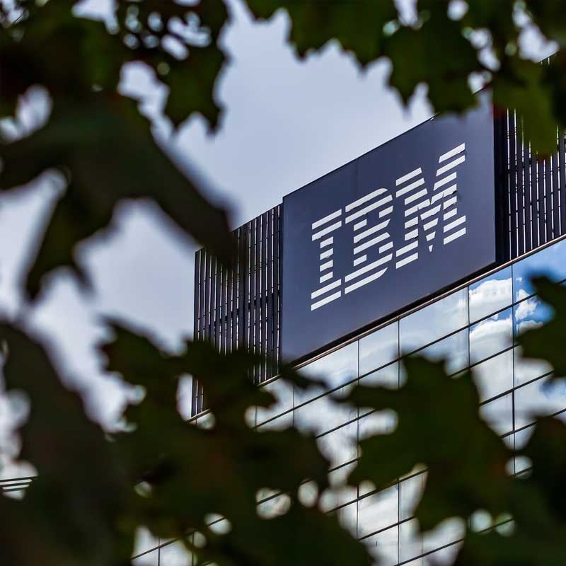IBM sign who is seeking COBOL programmers during covid-19 outbreak
